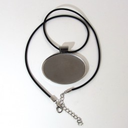 Oval Pendant Bezel with Necklace