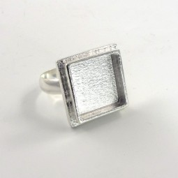 Nunn Traditional Square Ring Bezel